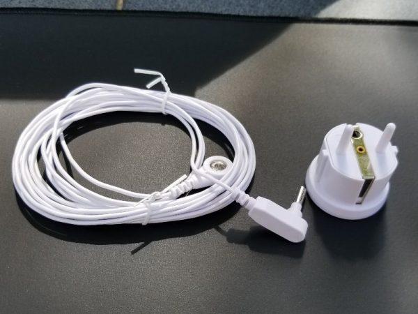 földelő pad, földelő vezeték és adapter konnektorhoz